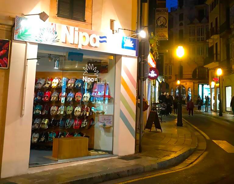fachada tienda Nipa Mallorca España