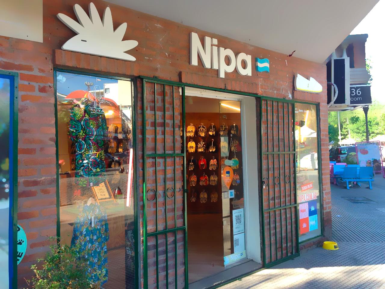 frente fachada local tienda Nipa Palermo